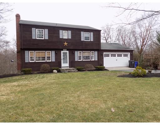 Maison unifamiliale pour l Vente à 1686 Hill Street Suffield, Connecticut 06078 États-Unis