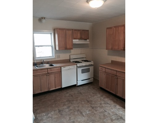 843 Western Ave., Henniker, NH, 03242