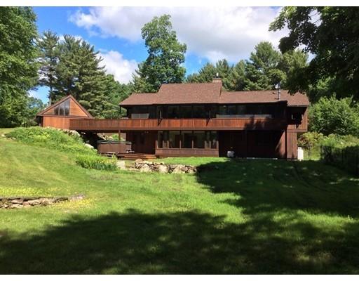 Частный односемейный дом для того Продажа на 19 Drummer Hill Road Leverett, Массачусетс 01054 Соединенные Штаты