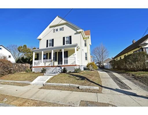 Maison unifamiliale pour l Vente à 182 Garden Street Cranston, Rhode Island 02910 États-Unis