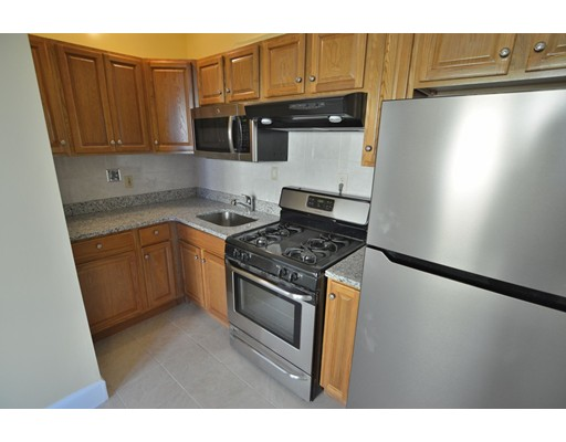 Additional photo for property listing at 3 Groom Street  波士顿, 马萨诸塞州 02125 美国