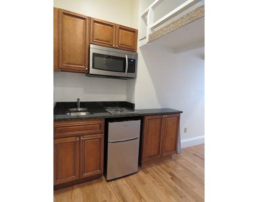 Single Family Home for Rent at 507 Beacon Boston, Massachusetts 02115 United States