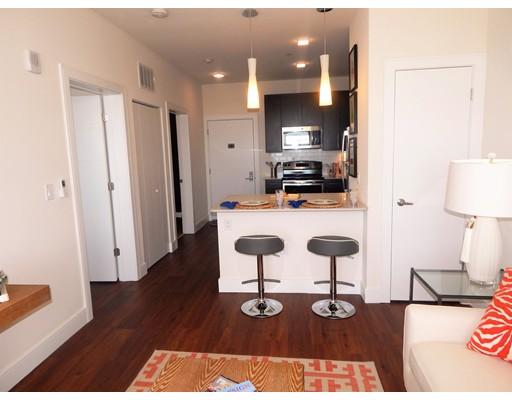 Casa Unifamiliar por un Alquiler en 660 Ocean Avenue Revere, Massachusetts 02151 Estados Unidos