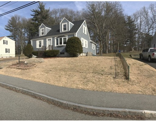 Single Family Home for Sale at 8 Hendricks Street Avon, Massachusetts 02322 United States