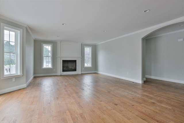Photo #13 of Listing 8 Kingmont St