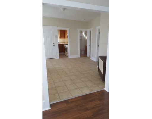 Additional photo for property listing at 471 North Front  New Bedford, 马萨诸塞州 02746 美国