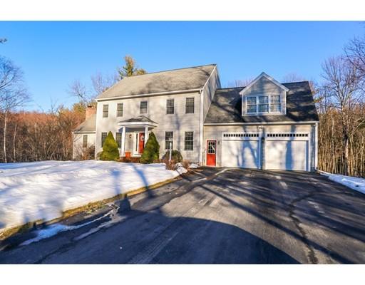 Casa Unifamiliar por un Venta en 13 Country Club Road Sterling, Massachusetts 01564 Estados Unidos