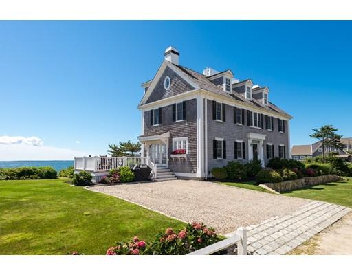 واحد منزل الأسرة للـ Sale في 2 Avenue A Falmouth, Massachusetts 02536 United States