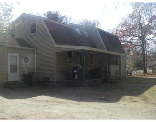 多户住宅 为 销售 在 28 Green Street Berkley, 马萨诸塞州 02779 美国