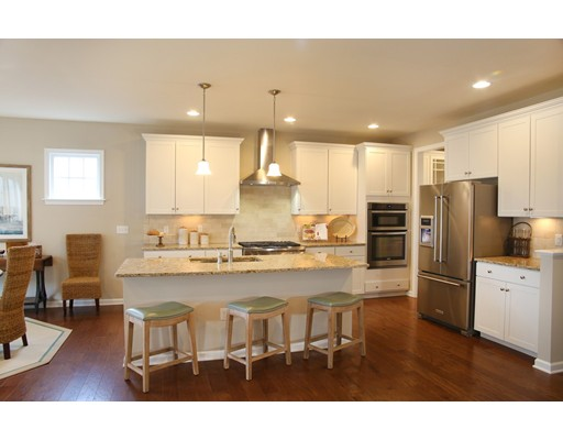 Single Family Home for Sale at 152 Stonehaven Drive Weymouth, Massachusetts 02190 United States