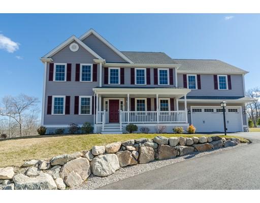 Частный односемейный дом для того Продажа на 10 Deer Run Stoughton, Массачусетс 02072 Соединенные Штаты