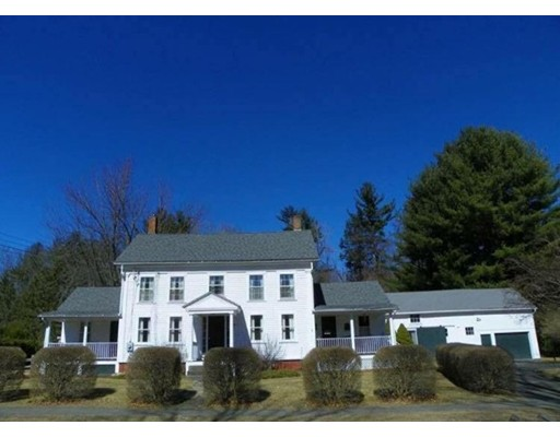 Single Family Home for Sale at 21 Main Street Russell, Massachusetts 01071 United States