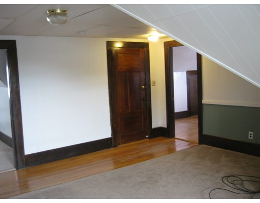 Single Family Home for Rent at 5 Winchester Avenue Worcester, Massachusetts 01603 United States