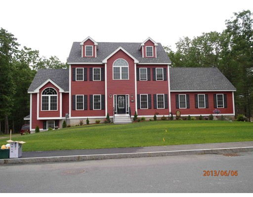 Casa Unifamiliar por un Venta en 110 Cart Path Road Dracut, Massachusetts 01826 Estados Unidos