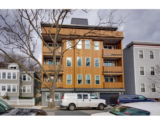 Additional photo for property listing at 408 East 8th St #2A 408 East 8th St #2A Boston, Massachusetts 02127 États-Unis