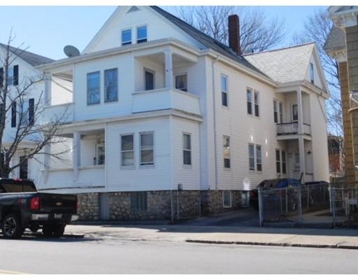 多户住宅 为 销售 在 615 County Street New Bedford, 马萨诸塞州 02744 美国