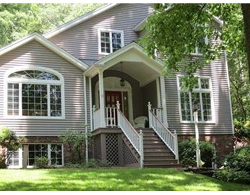独户住宅 为 销售 在 53 Maple Ridge Road Northampton, 马萨诸塞州 01062 美国
