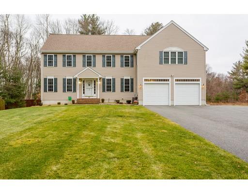 Casa Unifamiliar por un Venta en 50 Malibu Drive Taunton, Massachusetts 02780 Estados Unidos