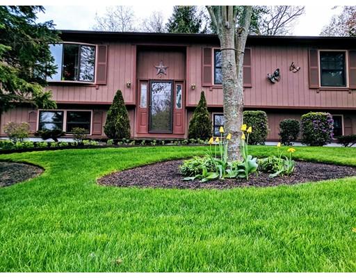 Casa Unifamiliar por un Venta en 2 Mussey Brook Road Lincoln, Rhode Island 02865 Estados Unidos