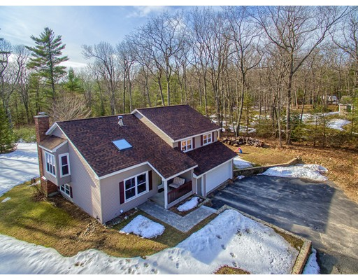 Single Family Home for Sale at 27 Streeter Road Hubbardston, 01452 United States
