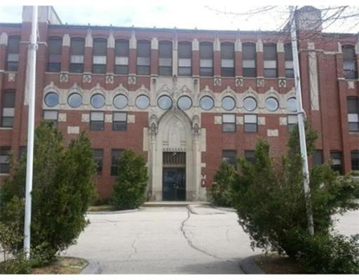 Additional photo for property listing at 145 Broad  North Attleboro, Massachusetts 02760 Estados Unidos