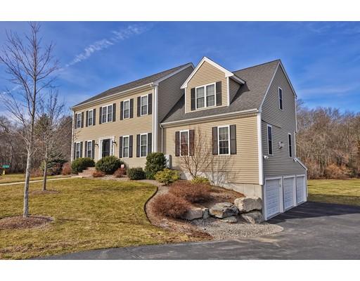 Maison unifamiliale pour l Vente à 9 Dimascio Drive Mansfield, Massachusetts 02048 États-Unis