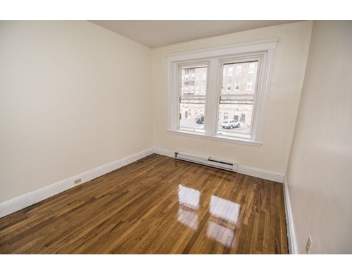 Additional photo for property listing at 73 Park Drive  Boston, Massachusetts 02215 Estados Unidos