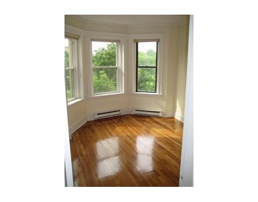 独户住宅 为 出租 在 73 Park Drive 波士顿, 马萨诸塞州 02215 美国