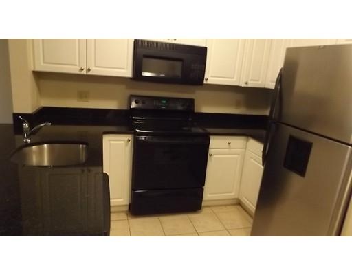 独户住宅 为 出租 在 10 Florence Street 莫尔登, 马萨诸塞州 02148 美国