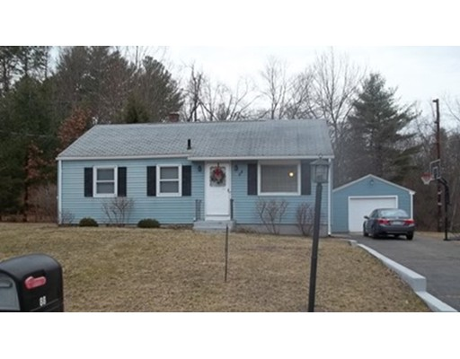88 Holland Dr, East Longmeadow, MA 01028