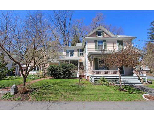 独户住宅 为 销售 在 90 Franklin Street Northampton, 马萨诸塞州 01060 美国
