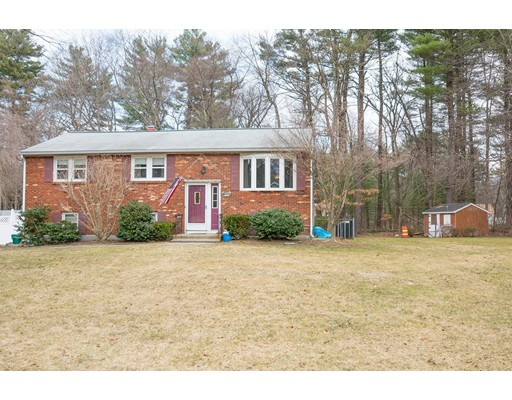 20 Governor Peabody Rd, Billerica, MA 01821
