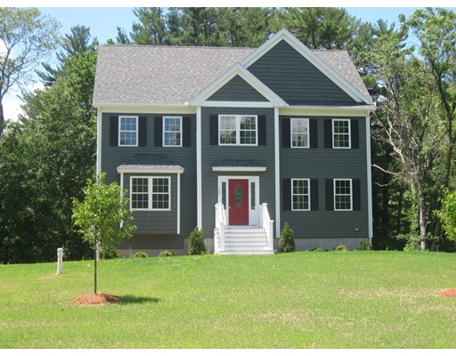 Single Family Home for Sale at 344 Haverhill Street North Reading, Massachusetts 01864 United States