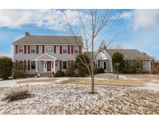 Single Family Home for Sale at 124 Catamount Road Tewksbury, Massachusetts 01876 United States