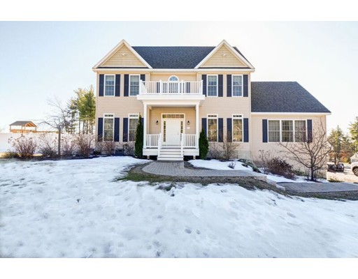 Single Family Home for Sale at 16 Mountain Laurel Road Ayer, Massachusetts 01432 United States