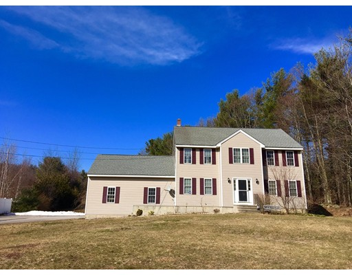 Single Family Home for Sale at 10 Flagg Road Hubbardston, Massachusetts 01452 United States