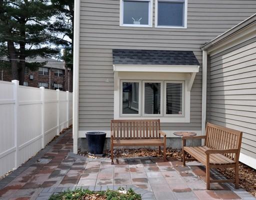 Commercial pour l à louer à 135 Commonwealth Avenue 135 Commonwealth Avenue Concord, Massachusetts 01742 États-Unis