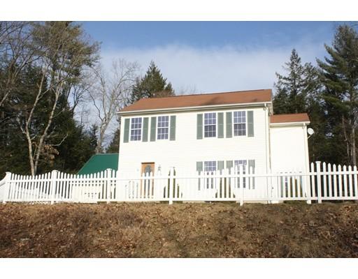 独户住宅 为 销售 在 65 High Street Erving, 马萨诸塞州 01344 美国