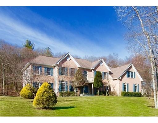 Casa Unifamiliar por un Venta en 1083 Highland Street Holliston, Massachusetts 01746 Estados Unidos