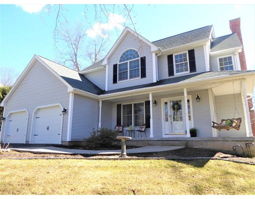 Single Family Home for Sale at 9 Deer Run Drive Wilbraham, Massachusetts 01095 United States