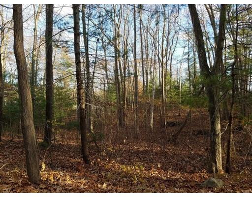 Terrain pour l Vente à 92 Forest Road 92 Forest Road Salisbury, Massachusetts 01952 États-Unis