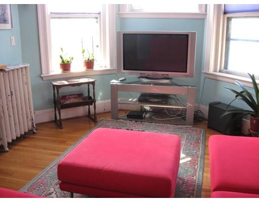 Casa Unifamiliar por un Alquiler en 5 Newport Road Cambridge, Massachusetts 02140 Estados Unidos