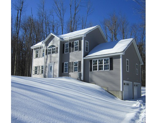 Single Family Home for Sale at 103 Glenwood Road Rutland, Massachusetts 01543 United States