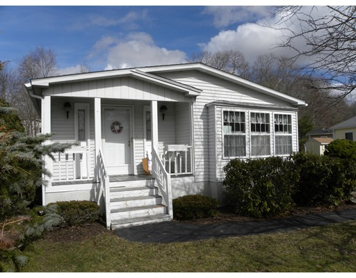 Single Family Home for Sale at 10 Grasswood Circle Rockland, Massachusetts 02137 United States