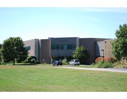 Comercial por un Alquiler en 120 North Meadows 120 North Meadows Medfield, Massachusetts 02052 Estados Unidos