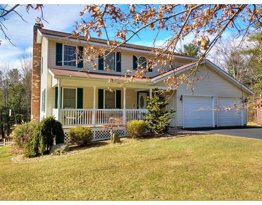 Maison unifamiliale pour l Vente à 145 Sawyer Street Gardner, Massachusetts 01440 États-Unis