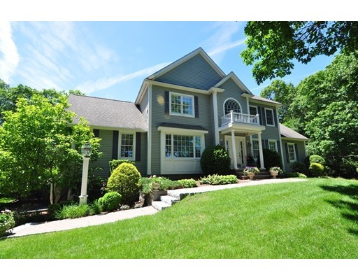 Single Family Home for Sale at 3 DEARBORN WAY Middleton, Massachusetts 01949 United States