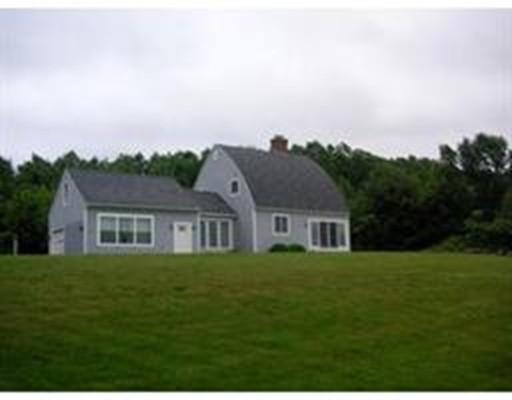 Casa Unifamiliar por un Venta en 157 School Street 157 School Street North Brookfield, Massachusetts 01535 Estados Unidos