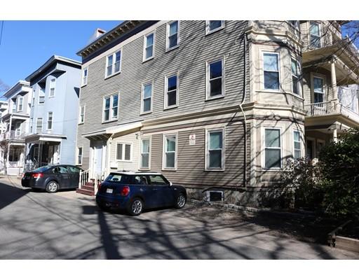 Casa Unifamiliar por un Alquiler en 1 Washburn Terrace Brookline, Massachusetts 02446 Estados Unidos