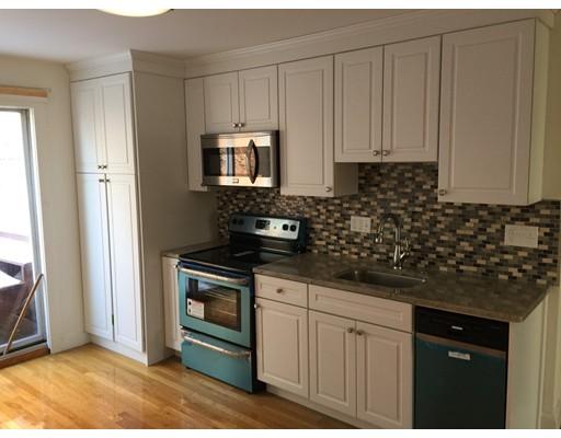独户住宅 为 出租 在 115 Elm Street 波士顿, 马萨诸塞州 02129 美国